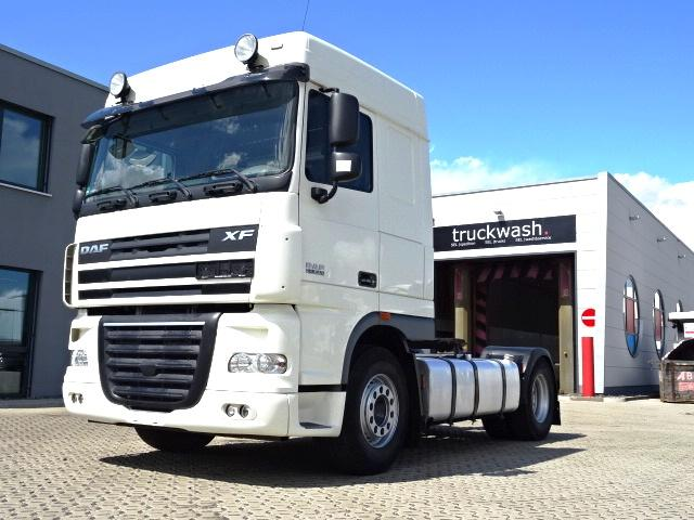 Daf XF105.410 / Euro 5 / 2 Tanks / German Truck