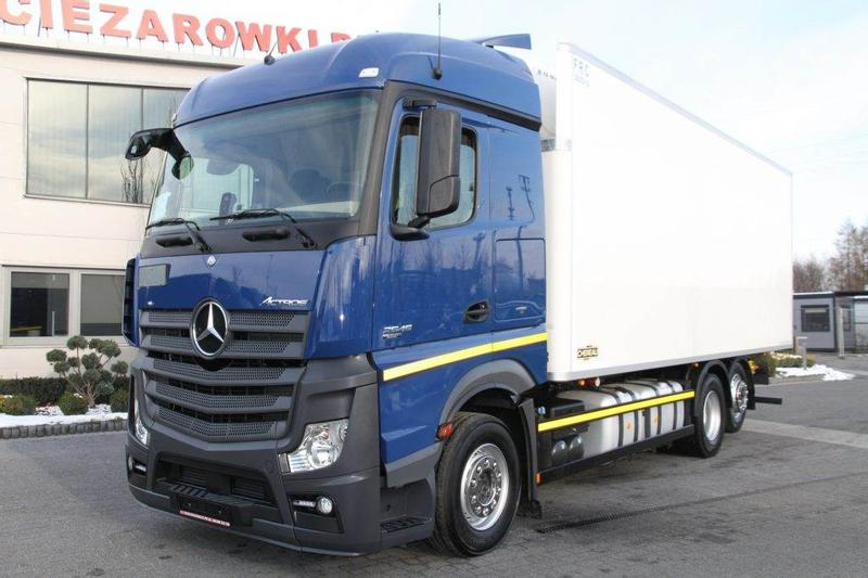 Mercedes-Benz 6x2 E6 ACTROS 2545 L MEAT HOOK REFRIGERATOR CHEREA